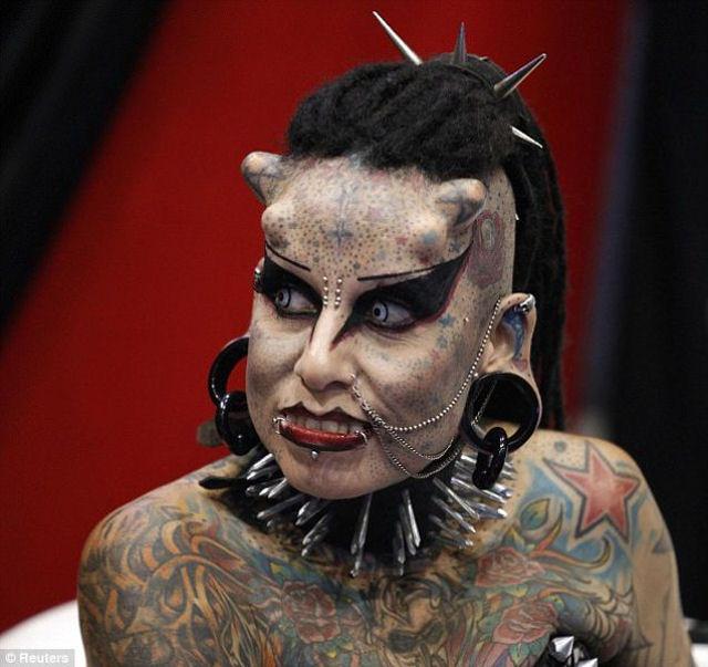 A vampira tatuada 05
