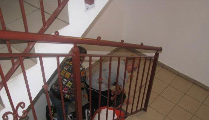 Bizarra cerimônia de iniciação em escola polonesa 09