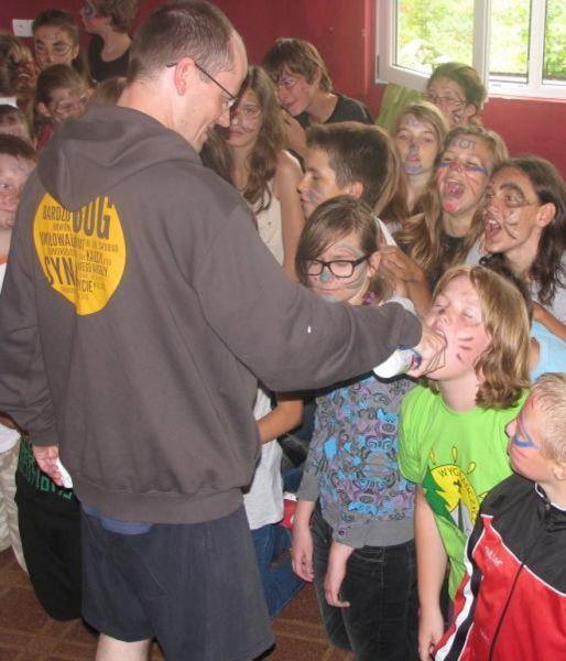 Bizarra cerimônia de iniciação em escola polonesa 29