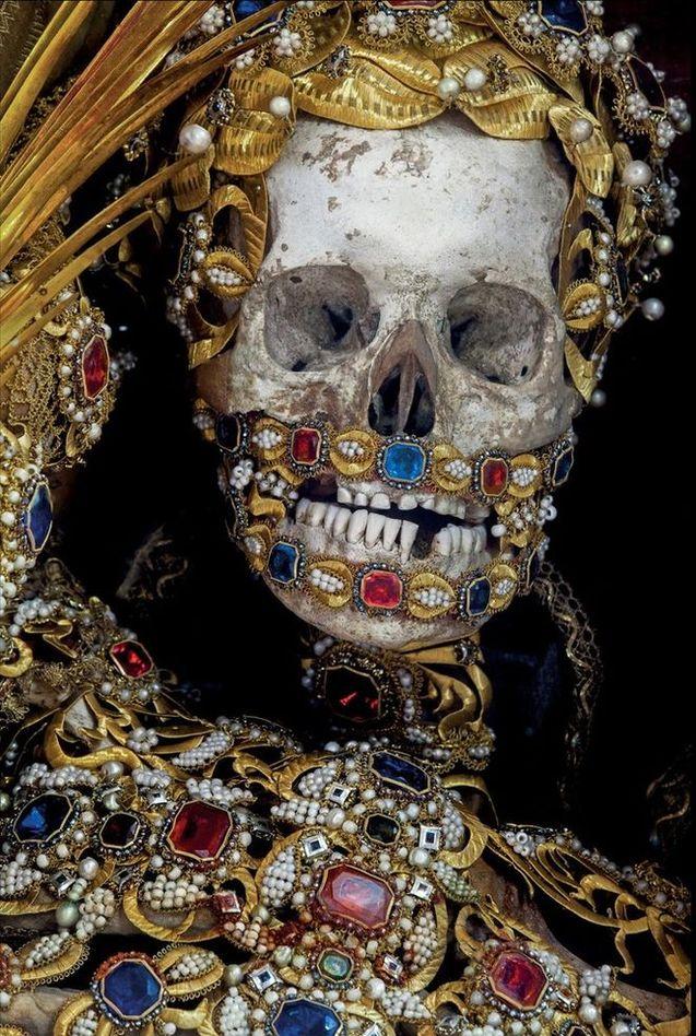 O império da morte e das jóias 08