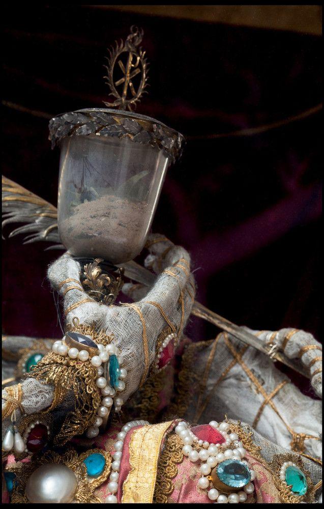 O império da morte e das jóias 09