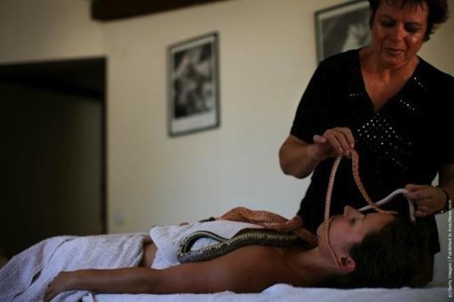 Esta massagem não é para fracos do coração 05