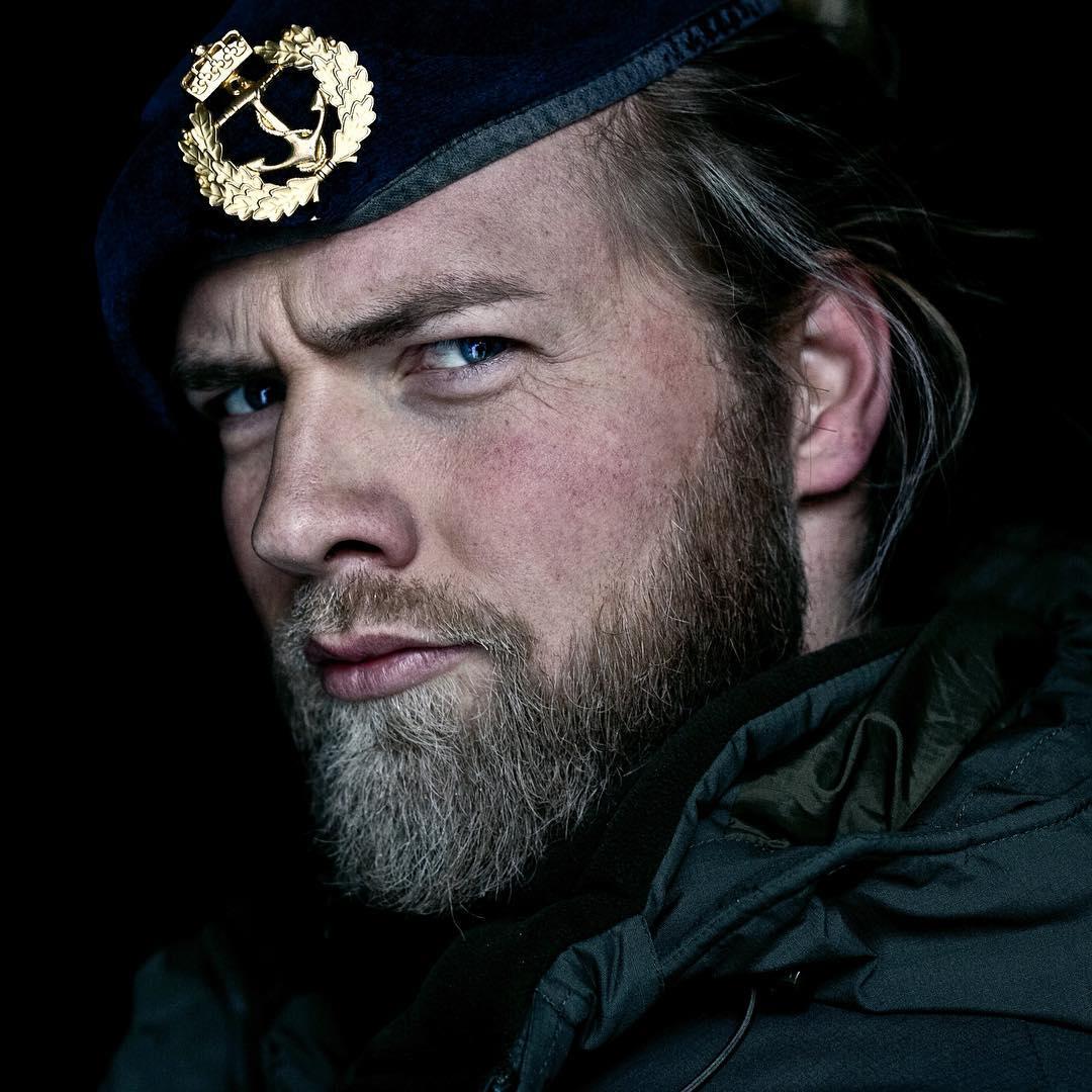 Este tenente do exército norueguês conquistou a Internet por sua semelhança com Thor 08