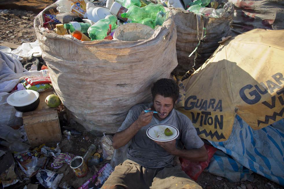 Fechamento do aterro sanitário gigante no Rio de Janeiro 04