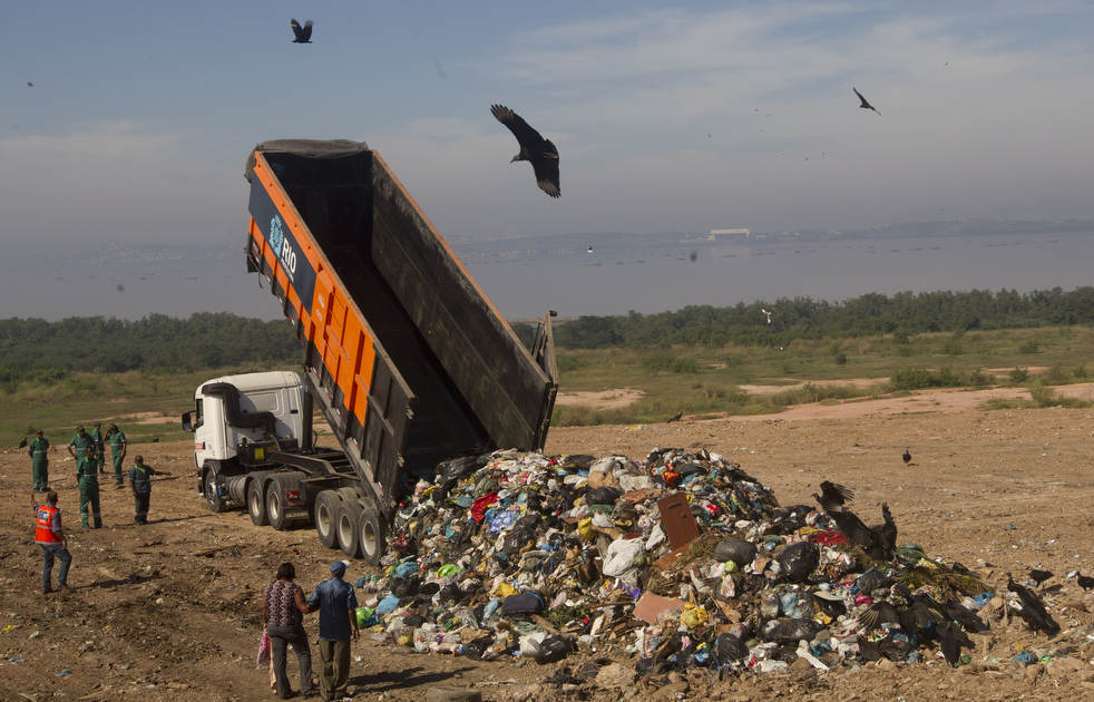 Fechamento do aterro sanitário gigante no Rio de Janeiro 11