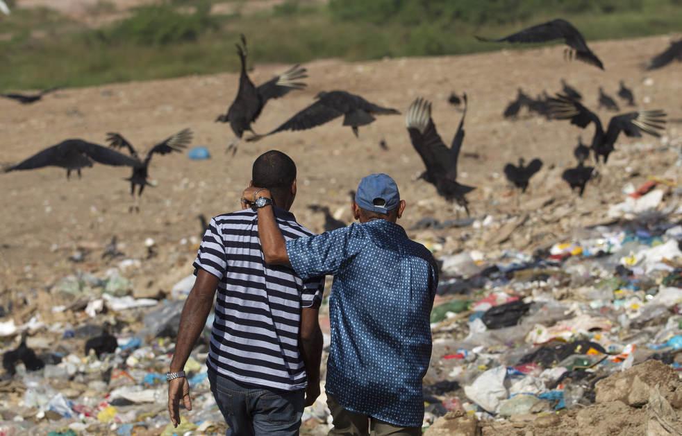 Fechamento do aterro sanitário gigante no Rio de Janeiro 12