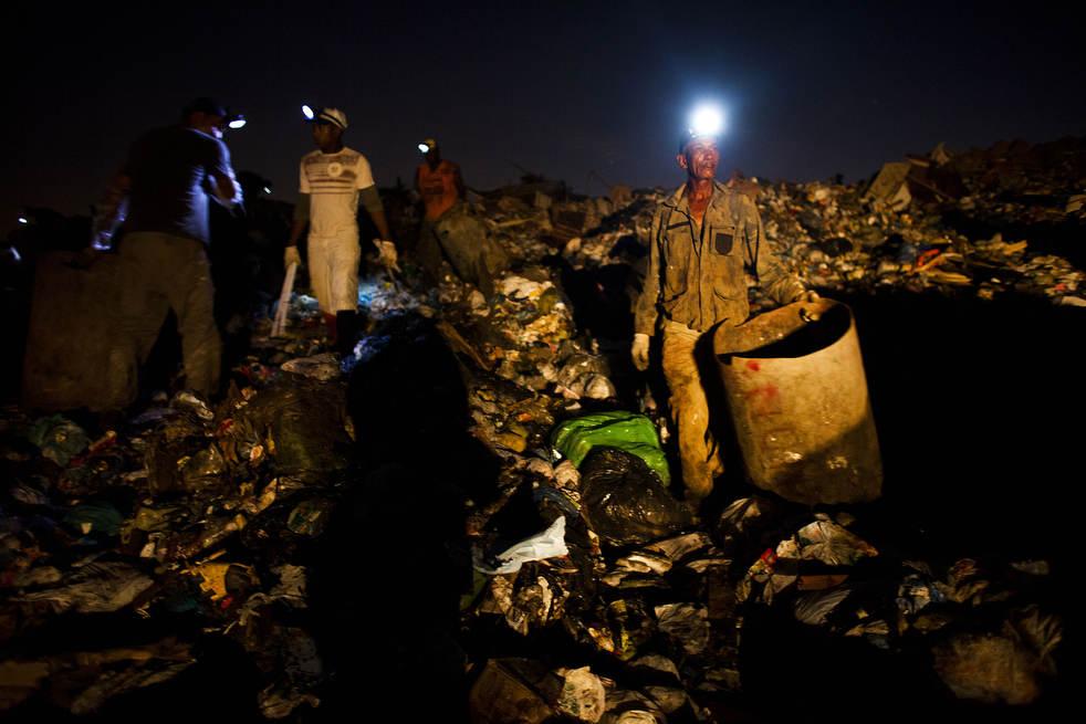 Fechamento do aterro sanitário gigante no Rio de Janeiro 17