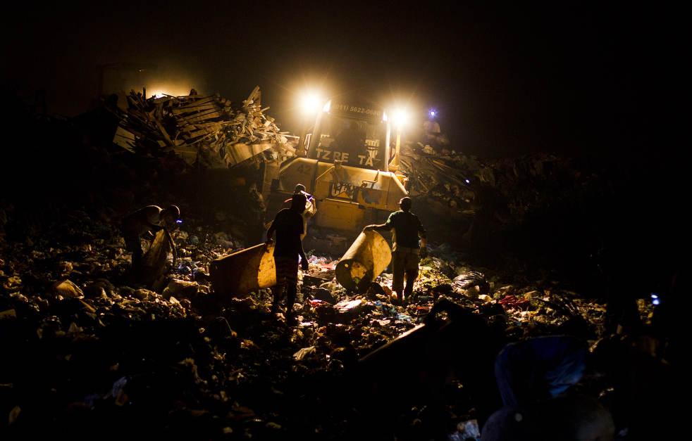 Fechamento do aterro sanitário gigante no Rio de Janeiro 19