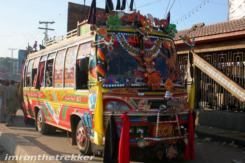Arte dos coloridos caminh�es paquistaneses 23