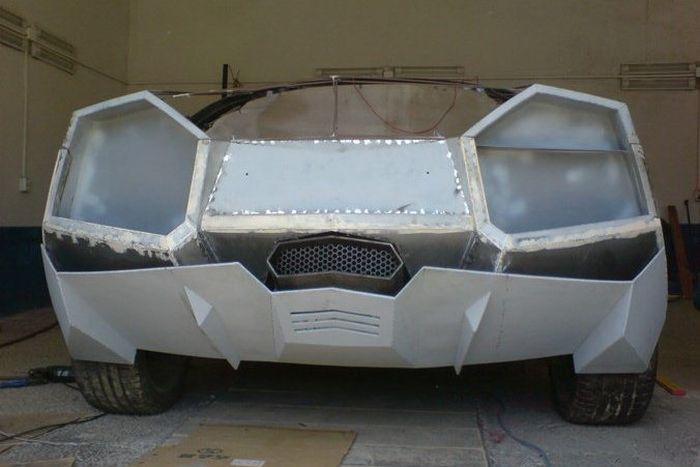Como faz? Lamborghini Reventon genérica 25