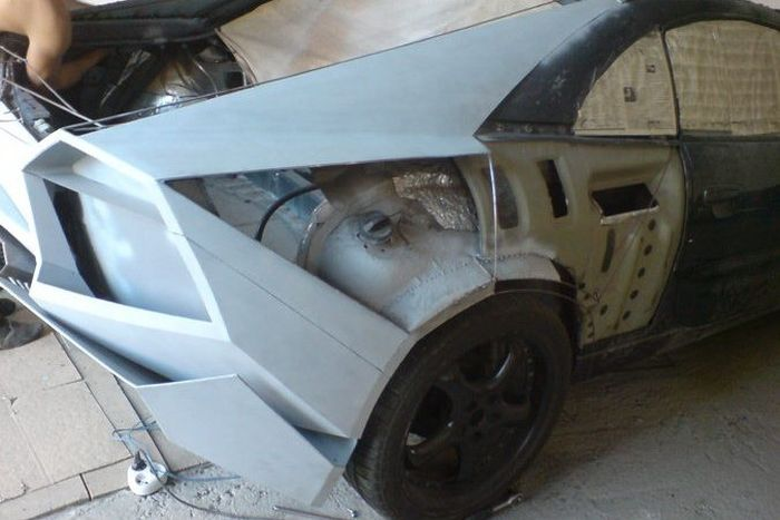 Como faz? Lamborghini Reventon genérica 26