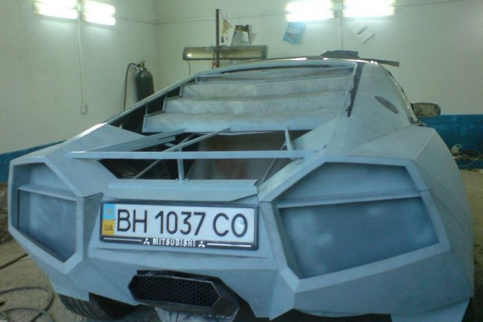Como faz? Lamborghini Reventon genérica 28