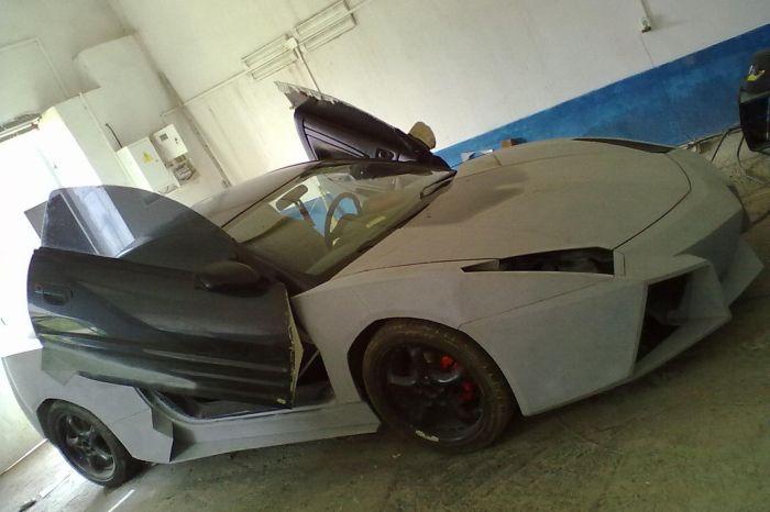 Como faz? Lamborghini Reventon genérica 31
