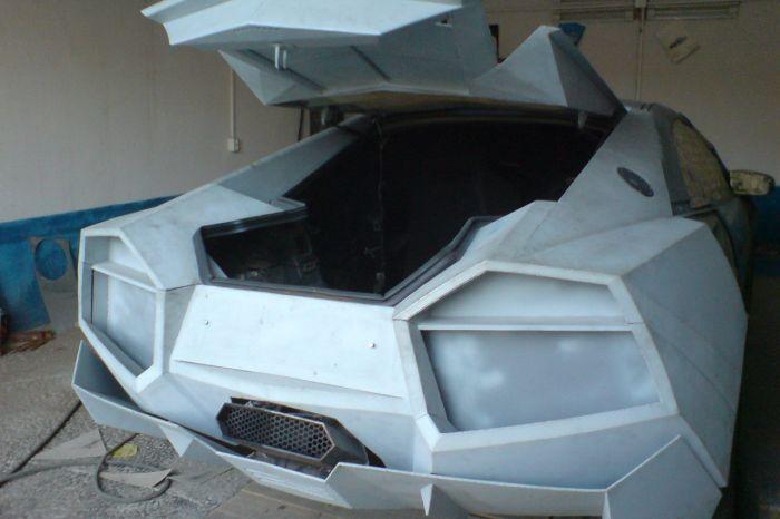 Como faz? Lamborghini Reventon genérica 35