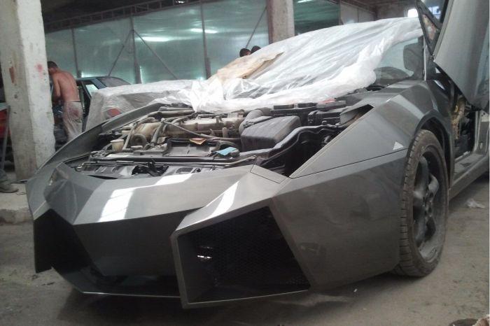 Como faz? Lamborghini Reventon genérica 46