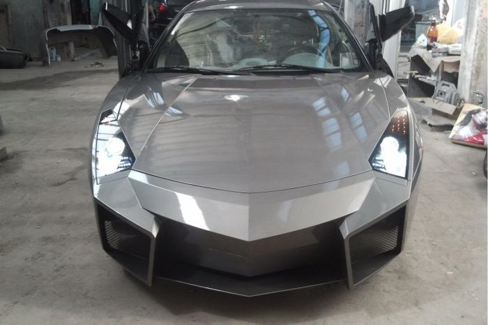 Como faz? Lamborghini Reventon genérica 51