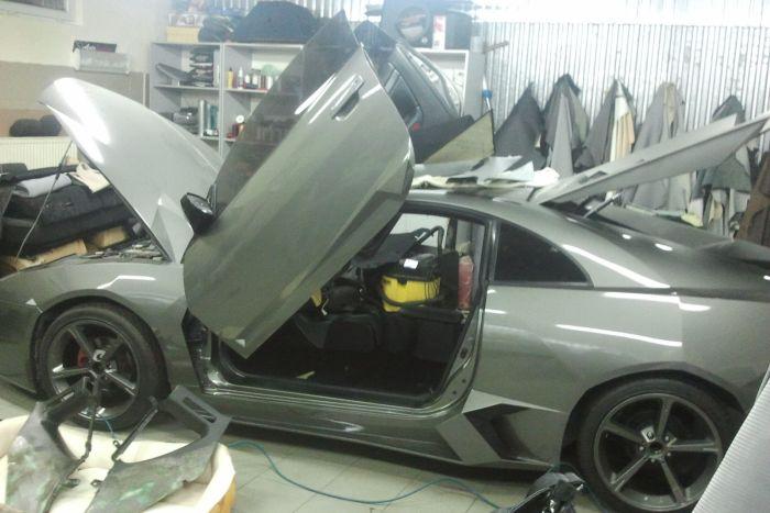Como faz? Lamborghini Reventon genérica 64