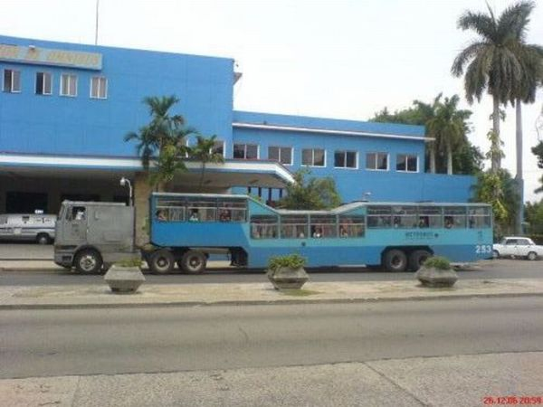 O transporte público cubano 01