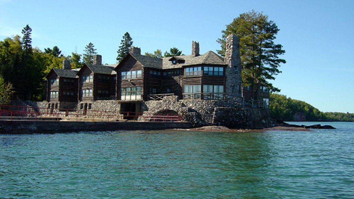 A maior casa de campo do mundo está à venda, mas ninguém quer comprá-la