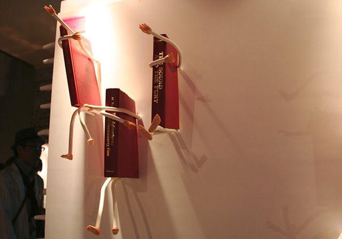 Designs criativos de estantes e aparadores 45