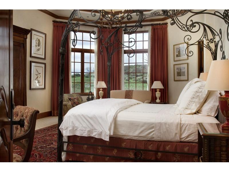 Uma mansão à venda nas montanhas 09