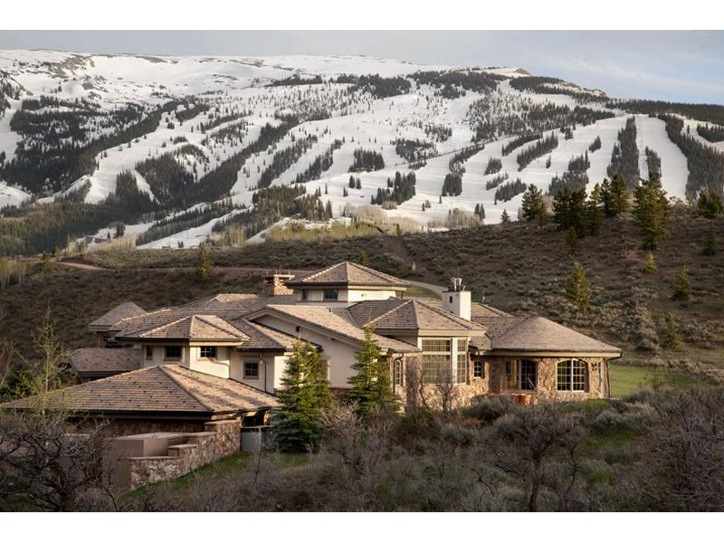 Uma mansão à venda nas montanhas 10