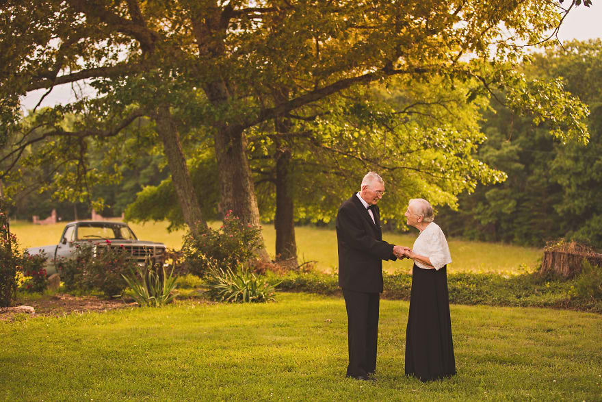 Casal comemora 65 anos de casamento e suas fotos são doces 08