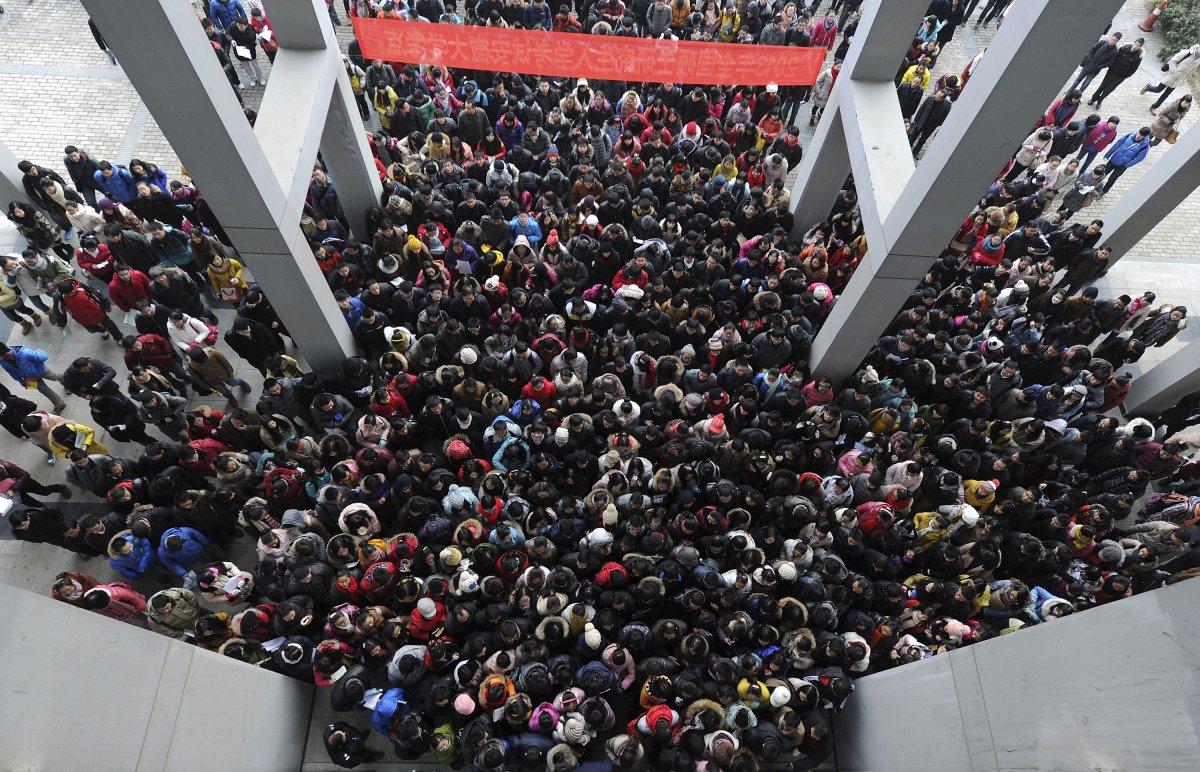 22 fotos que mostram como a China está botando gente pelo ladrão 02