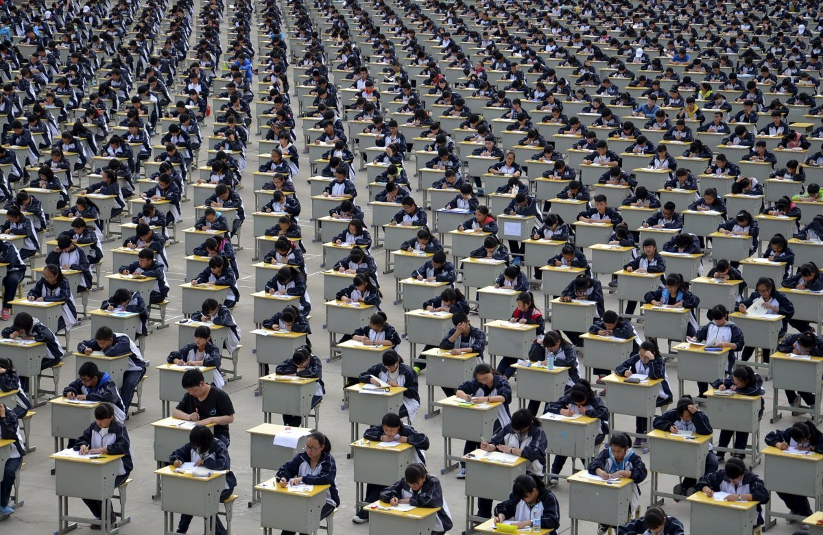 22 fotos que mostram como a China está botando gente pelo ladrão 03