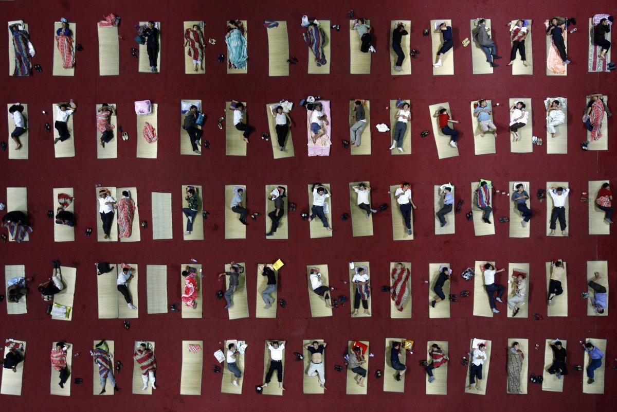 22 fotos que mostram como a China está botando gente pelo ladrão 05