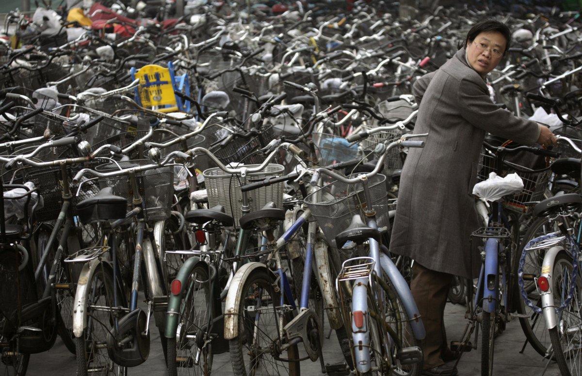 22 fotos que mostram como a China está botando gente pelo ladrão 06