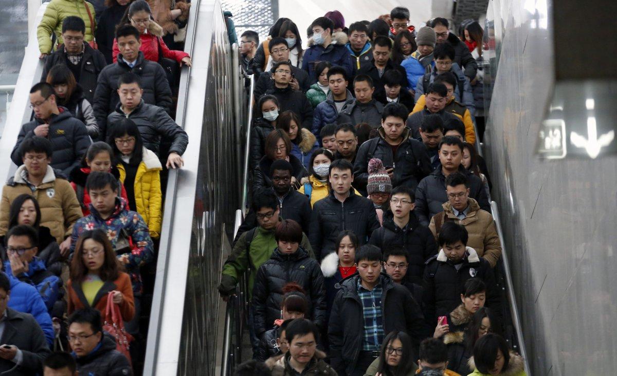 22 fotos que mostram como a China está botando gente pelo ladrão 07