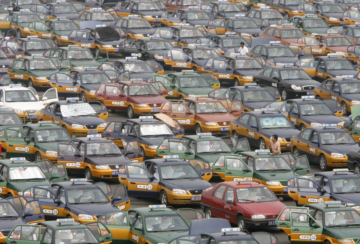 22 fotos que mostram como a China está botando gente pelo ladrão 09