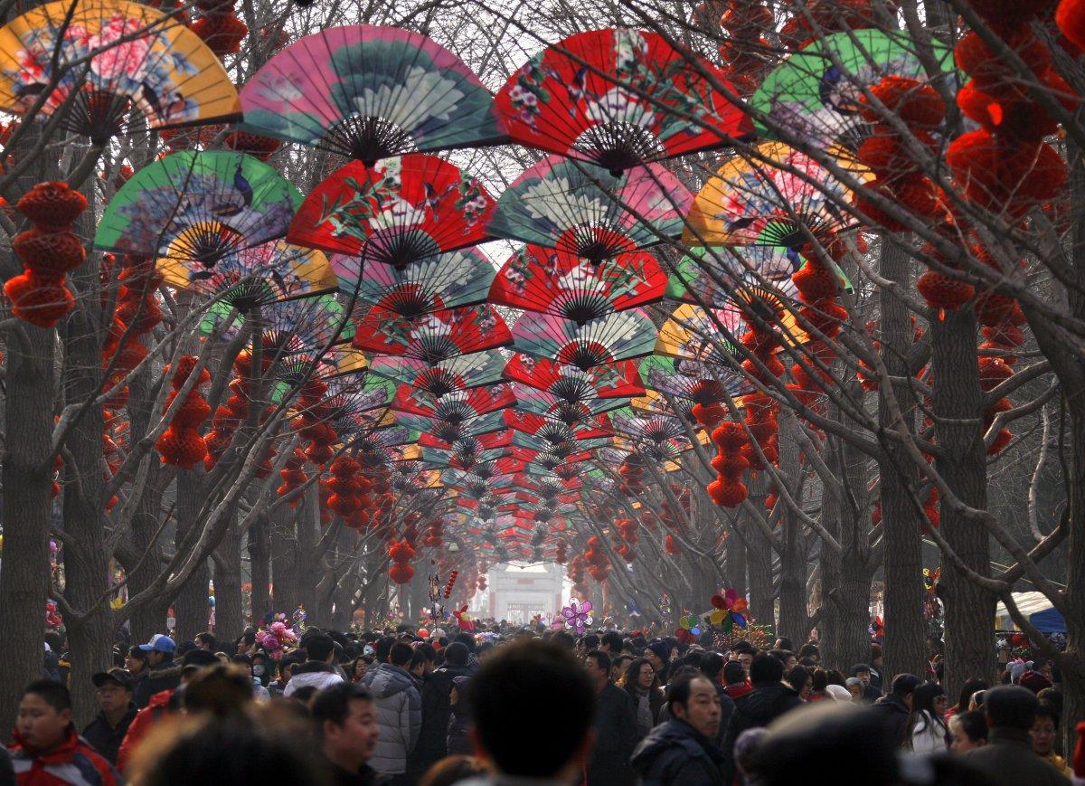 22 fotos que mostram como a China está botando gente pelo ladrão 14