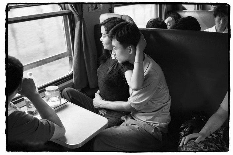 Os chineses no trem  01
