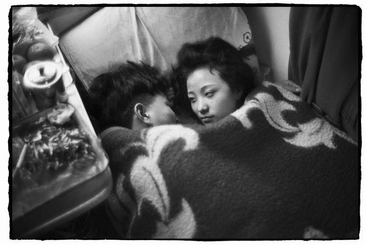 Os chineses no trem  05