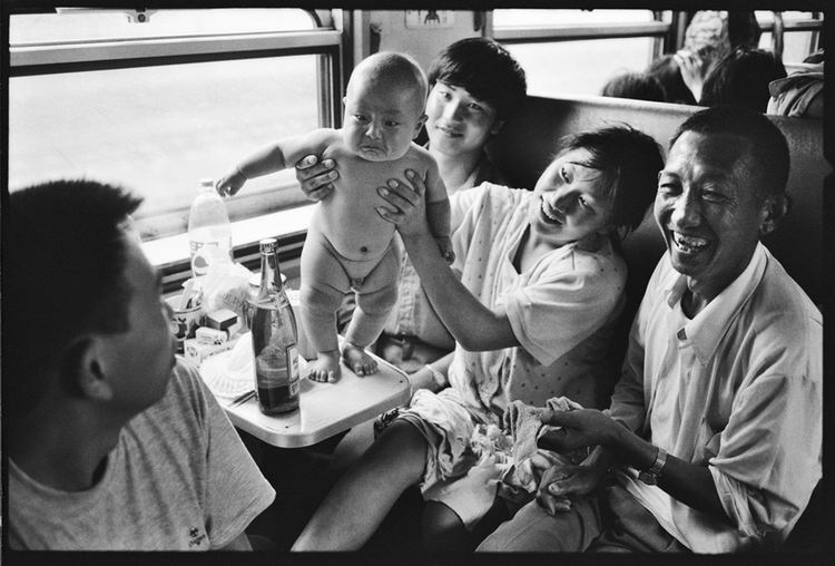 Os chineses no trem  08