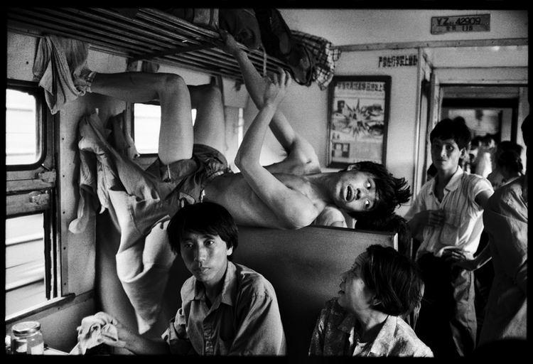 Os chineses no trem  12