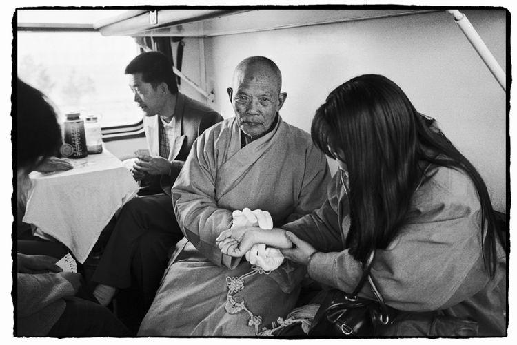 Os chineses no trem  24