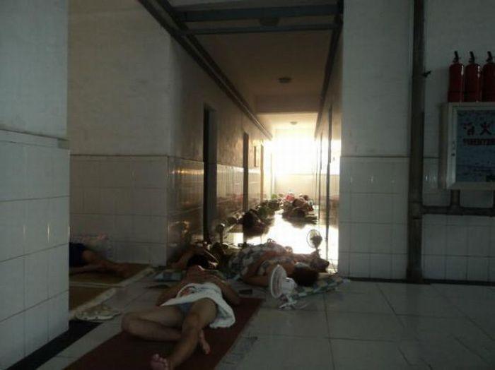 Como os estudantes chineses enfrentam a onda de calor 08