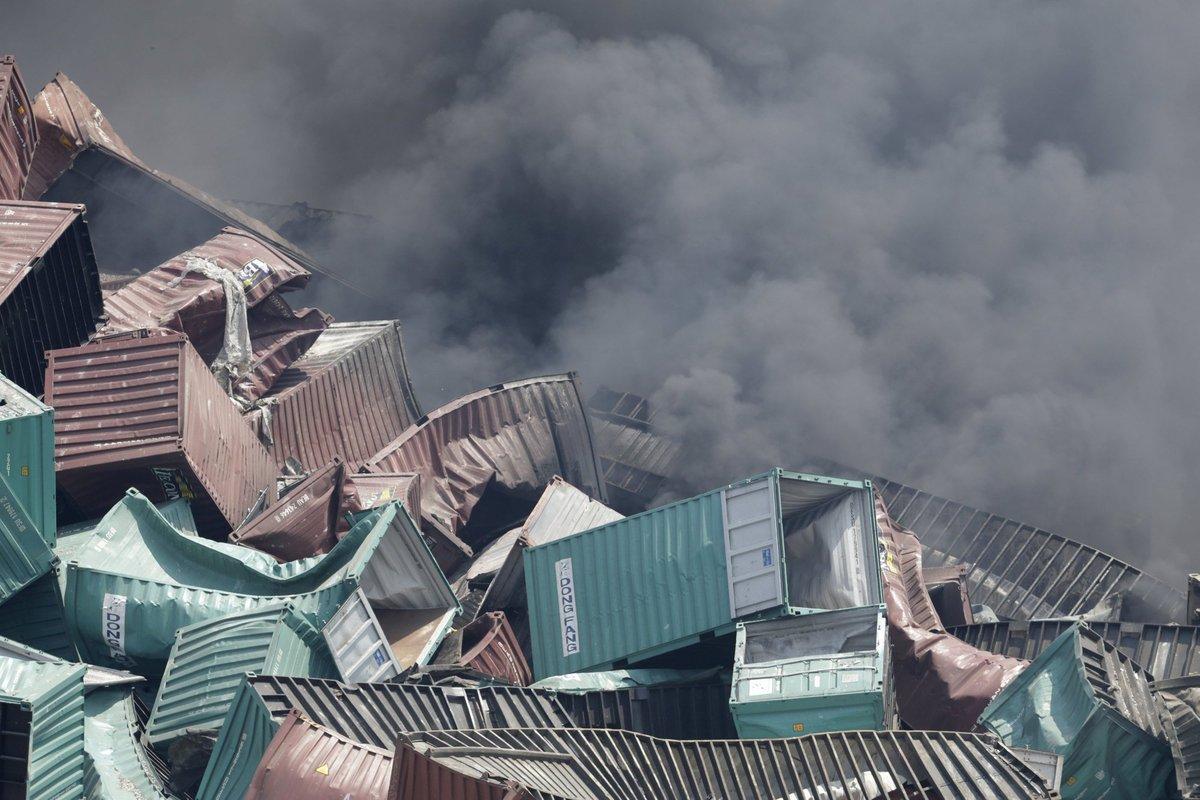 Explosões de Tianjin: a devastação do décimo maior porto do mundo 07