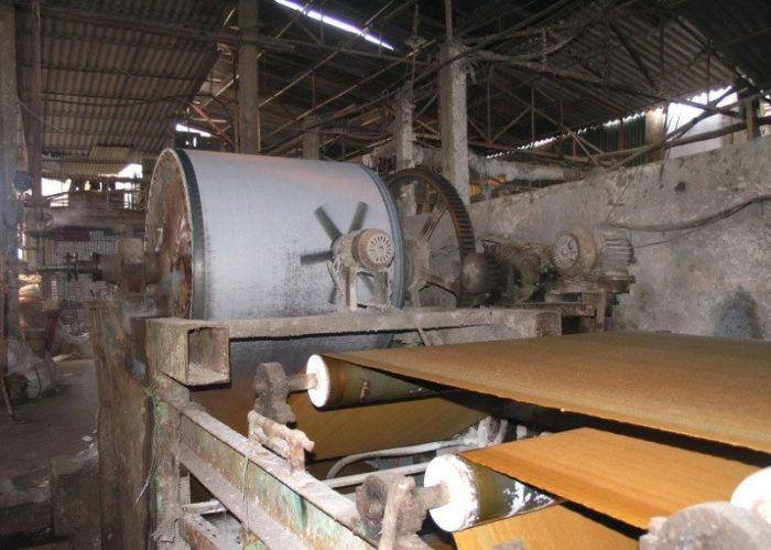 Fábrica de papel higiênico na China 08