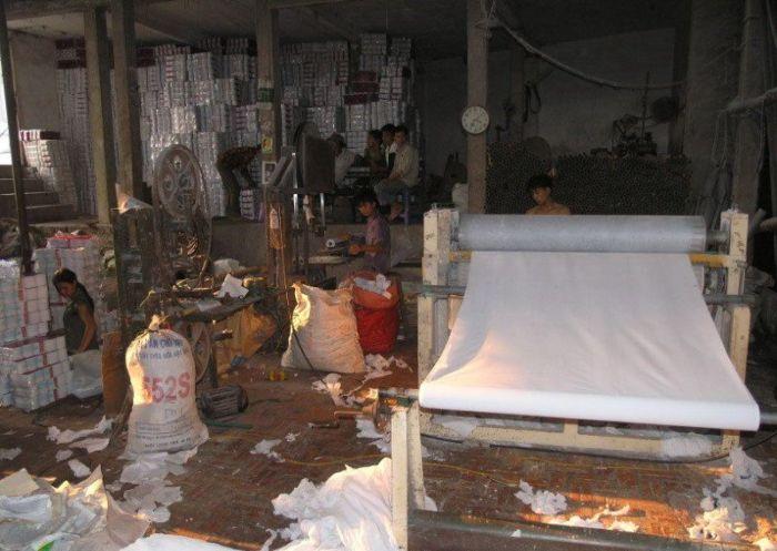 Fábrica de papel higiênico na China 11