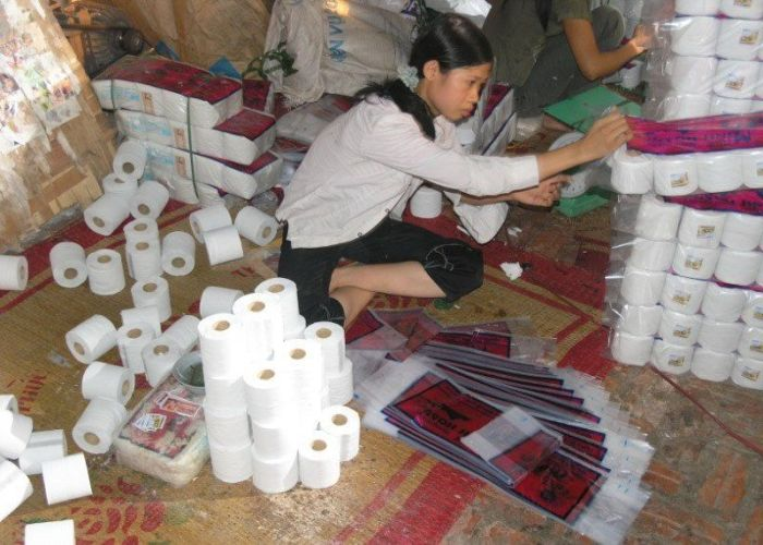 Fábrica de papel higiênico na China 19