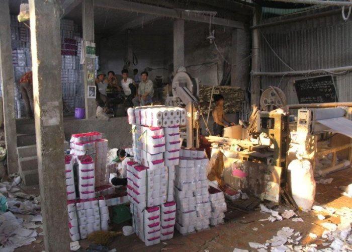 Fábrica de papel higiênico na China 20