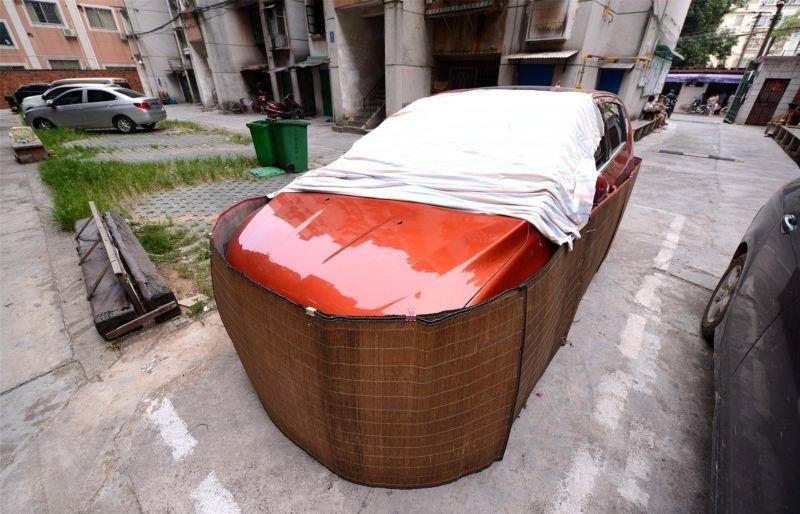 Saiba o que levou os motoristas desta cidade chinesa a tampar assim a seus carros 06