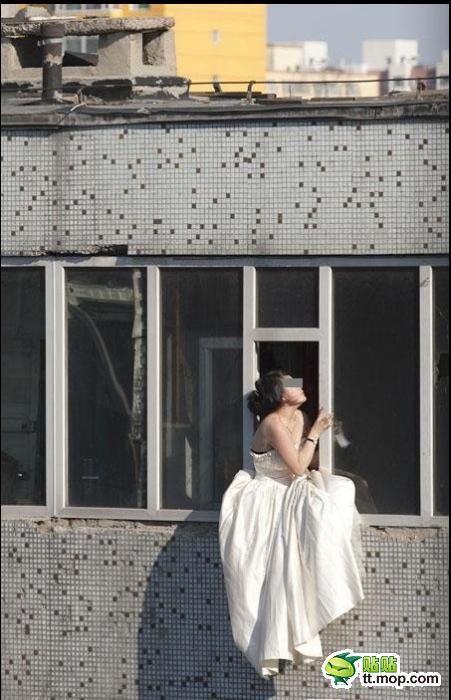 Noiva tenta suicidar-se depois de ser abandonada na porta da igreja 02