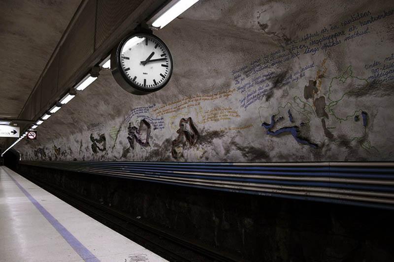 Metrô de Estocolmo: a galeria de arte mais longa do mundo 07