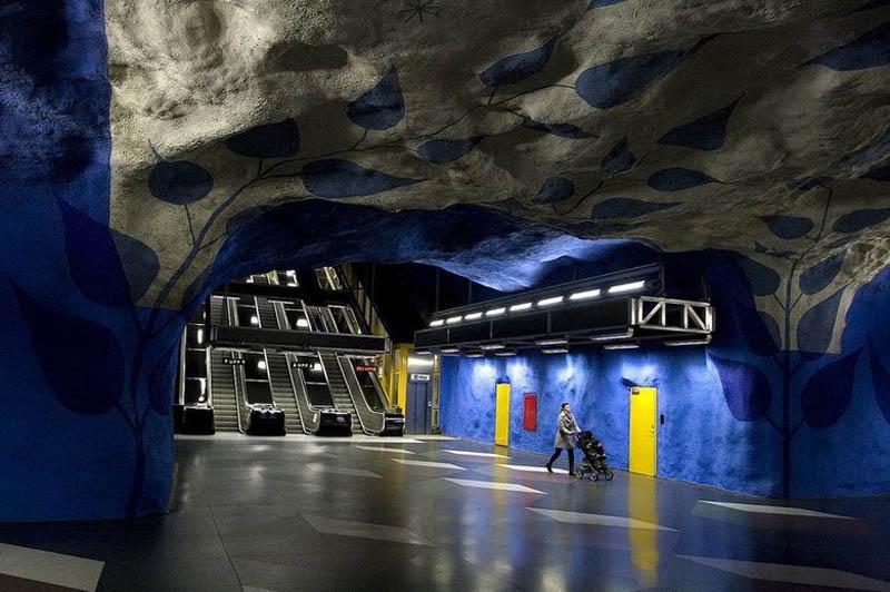 Metrô de Estocolmo: a galeria de arte mais longa do mundo 12