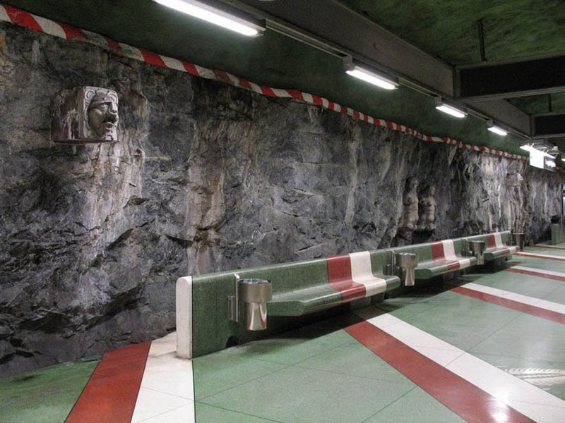 Metrô de Estocolmo: a galeria de arte mais longa do mundo 21